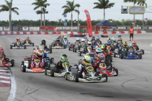 Mini Max field Saturday, led by eventual winner Anthony Gangi Jr. (Photo: Ken Johnson - Florida Winter Tour)